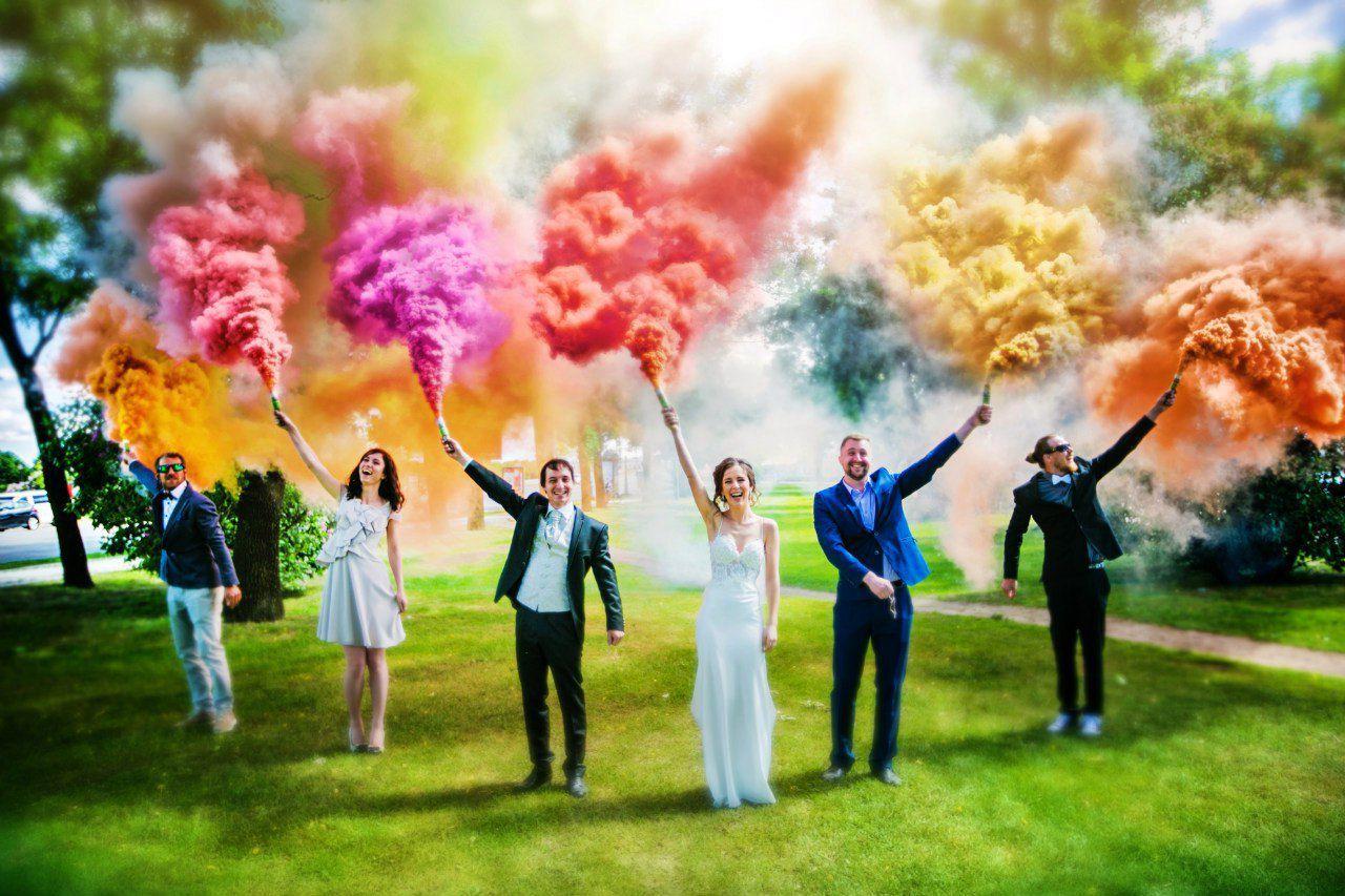 Цветной дым в Орле